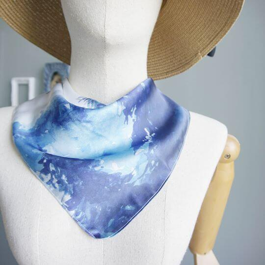 into-the-woods-blue-jai-scarf-women-fashion-4