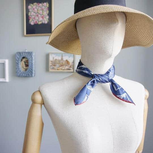 mountain-drawing-blue-jai-scarf-women-fashion-1