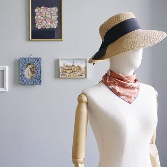 mountain-drawing-orange-jai-scarf-women-fashion-3